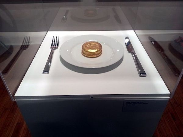 Jin Joo Chae, Gold Choco Pie, 2013 at Julie Meneret Contemporary Art