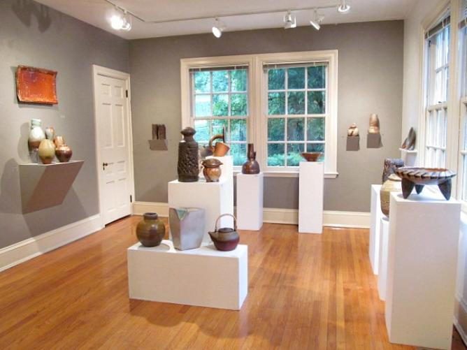 56-244614-baltimore-clayworks-gallery-space.jpg